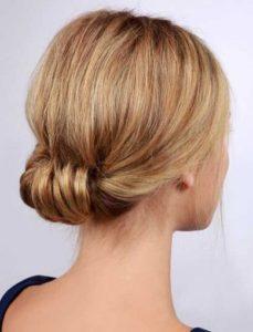 recogido cabello corto sencillo