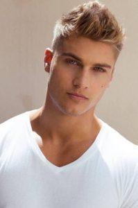 cresta moderno peinado hombre