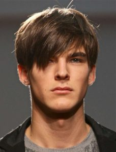 peinados modernos flequillo hombre