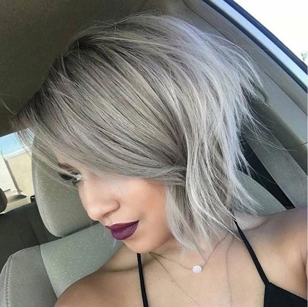 Pelo corto con dos colores