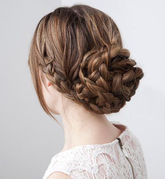 Peinados altos con trenzas