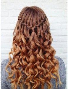 recogido ondas cabello largo trenza
