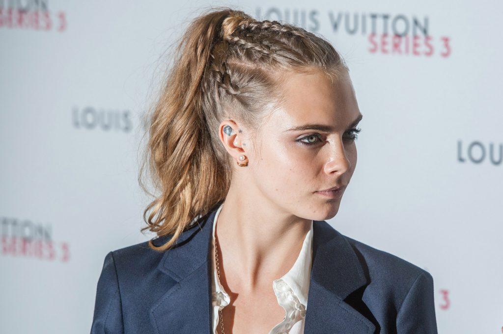 peinados delevingne con trenzas