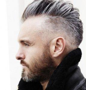 corte de pelo para hombre con entrada