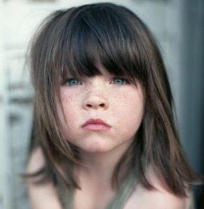 cortes de cabello para niñas con rostro redondo