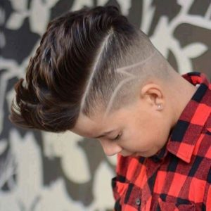 Corte de pelo para niños con rayas