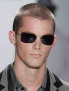 corte de pelo de hombre corte militar
